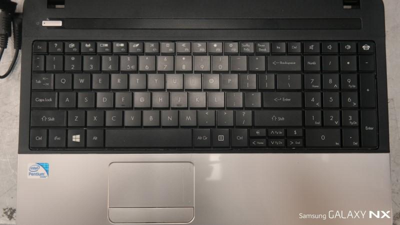 GATEWAY Laptop/Netbook NE56R