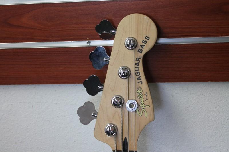 FENDER Bass Guitar SQUIER JAGUAR BASS