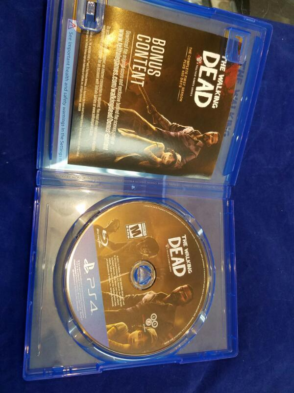 Sony PlayStation 4 Game THE WALKING DEAD - PS4