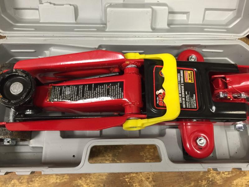 BIG RED TOOLS JACK CAR