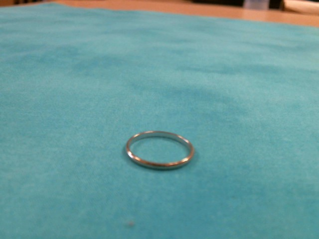 Gent's Gold Ring 10K White Gold 0.8dwt Size:8.5