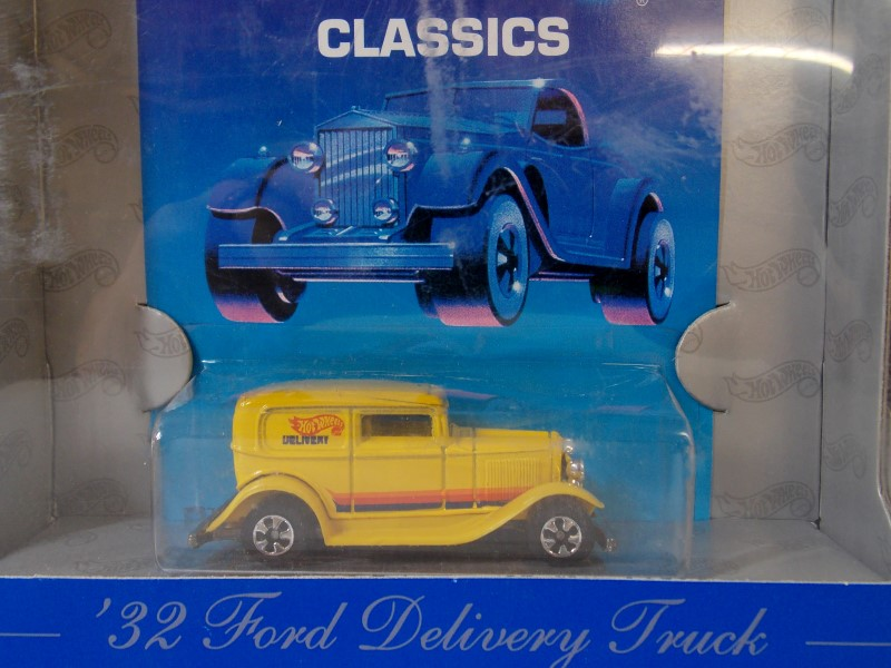 1989 AUTHENTIC COMMEMORATIVE: '32 FORD DELIVERY TRUCK, CLASSICS