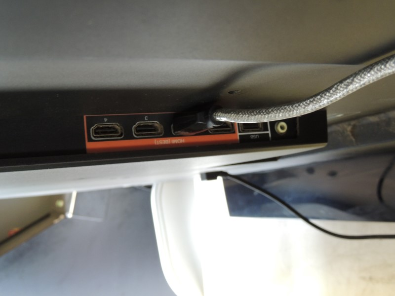 """VIZIO E550VA 55"""" 1080p LCD TV - 16:9 - HDTV 1080p - 120 Hz"""