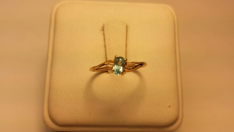 Teal Stone Lady's Stone Ring 10K Yellow Gold 0.6dwt Size:6