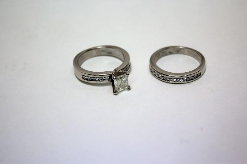 Lady's Diamond Wedding Set 23 Diamonds 1.44 Carat T.W. 14K White Gold 8.8g
