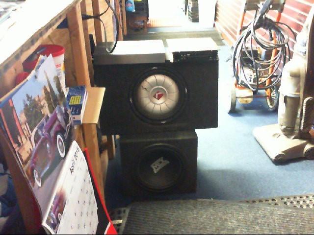 KICKER Car Speakers/Speaker System CVT12