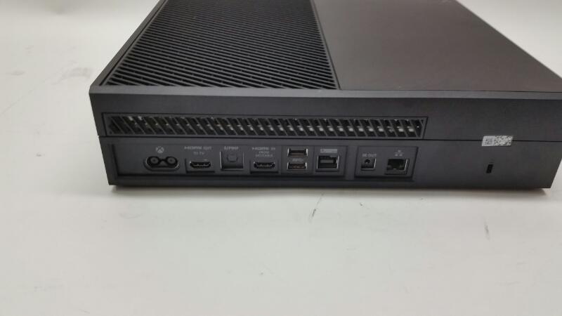 Microsoft XBOX ONE 500 GB Model: 1540