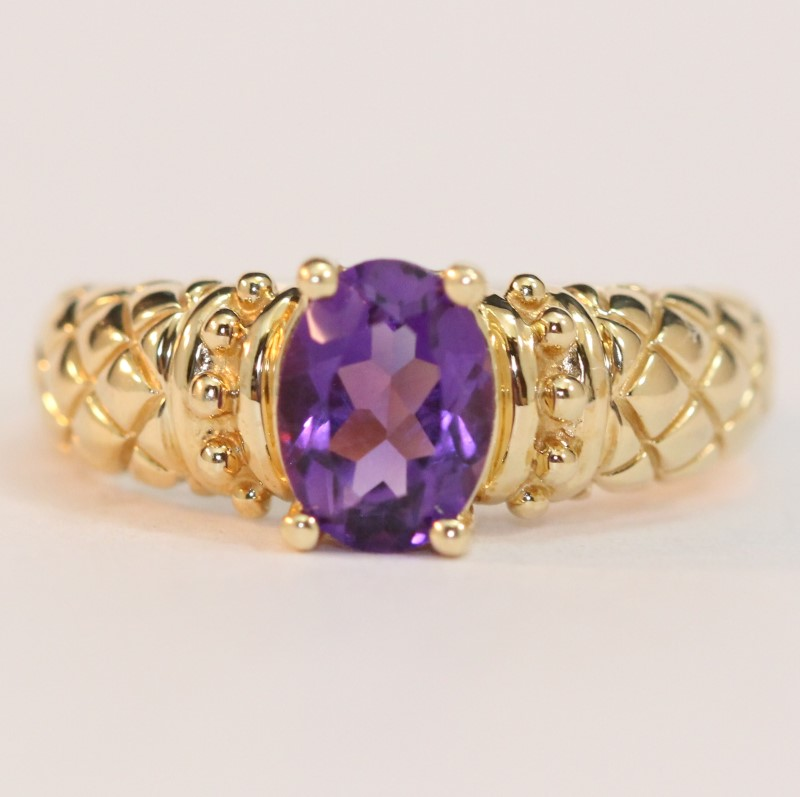 14K Yellow Gold Oval Cut Amethyst Ring Size 7