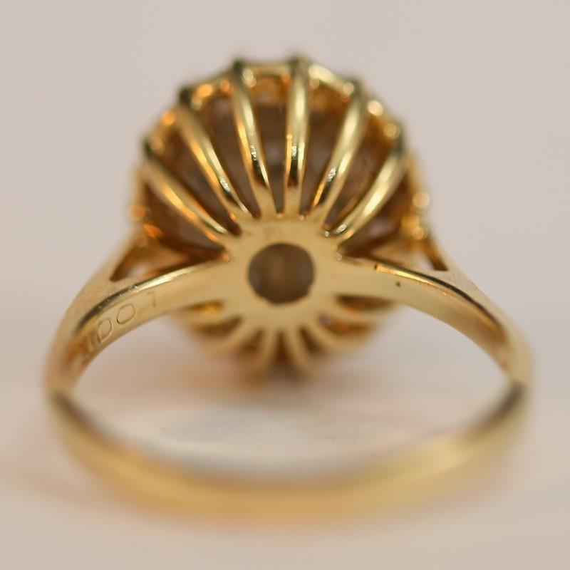 14K Yellow Gold Cluster Round Brilliant Diamond Ring Size 8