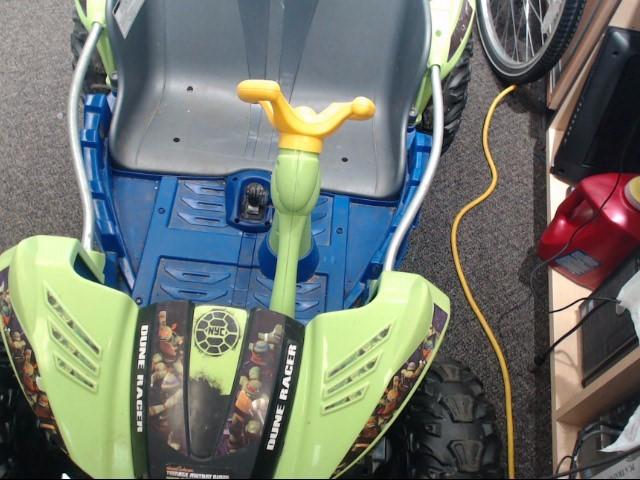 MATTEL HOT WHEELS Miscellaneous Toy DUNE RACER