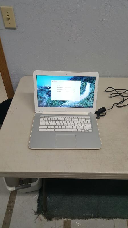 "HP Chromebook 14-q010dx 14"" (16GB, Intel Celeron, 1.4GHz, 2GB)"