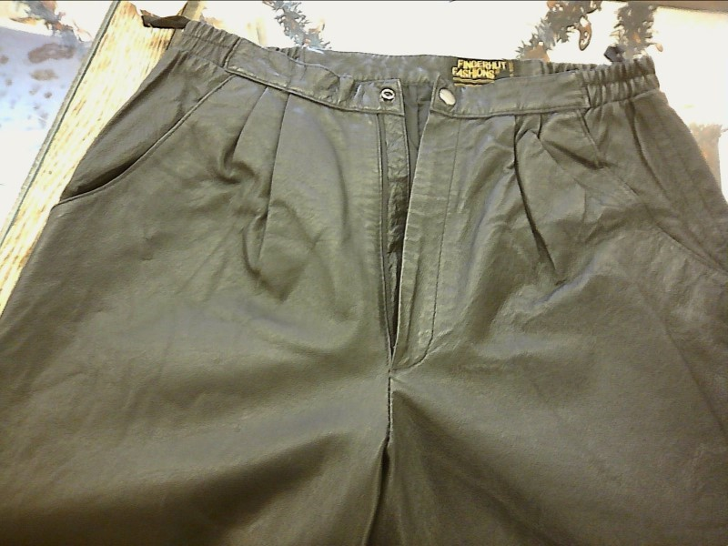 Fingerhut Ladies Fashion Lightweight Black Leather Pants, Size 14