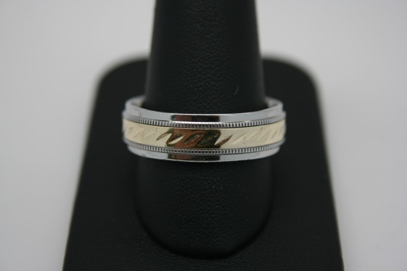 GENT'S 2 TONE STAINLESS STEEL & 10K YELLOW GOLD 11