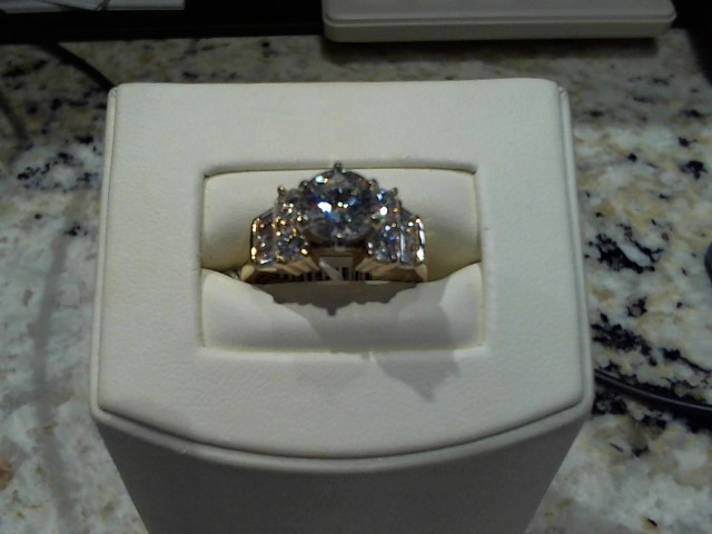 Lady's Gold Ring 14K Yellow Gold 8.2g