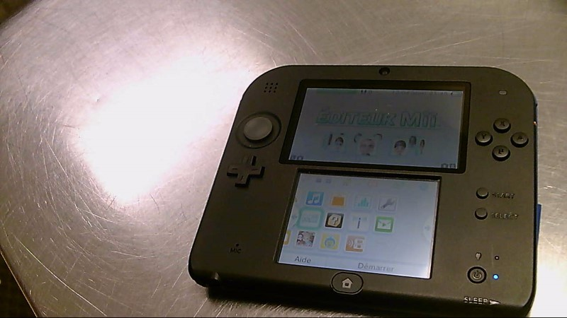 NINTENDO 2DS #AW403901478,CHARGER
