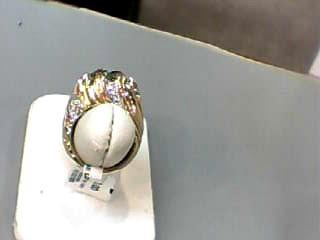 Green Stone Lady's Stone & Diamond Ring 30 Diamonds .150 Carat T.W.