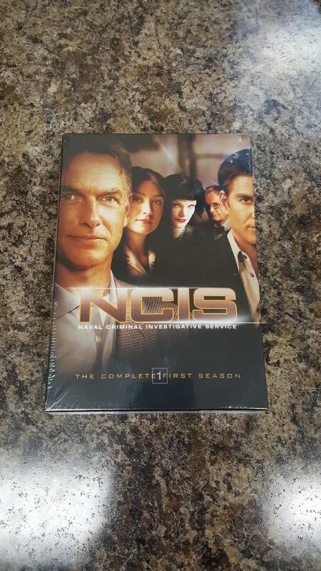 NCIS - The Complete First Season 1 (DVD, 2006, 6-Disc Set)