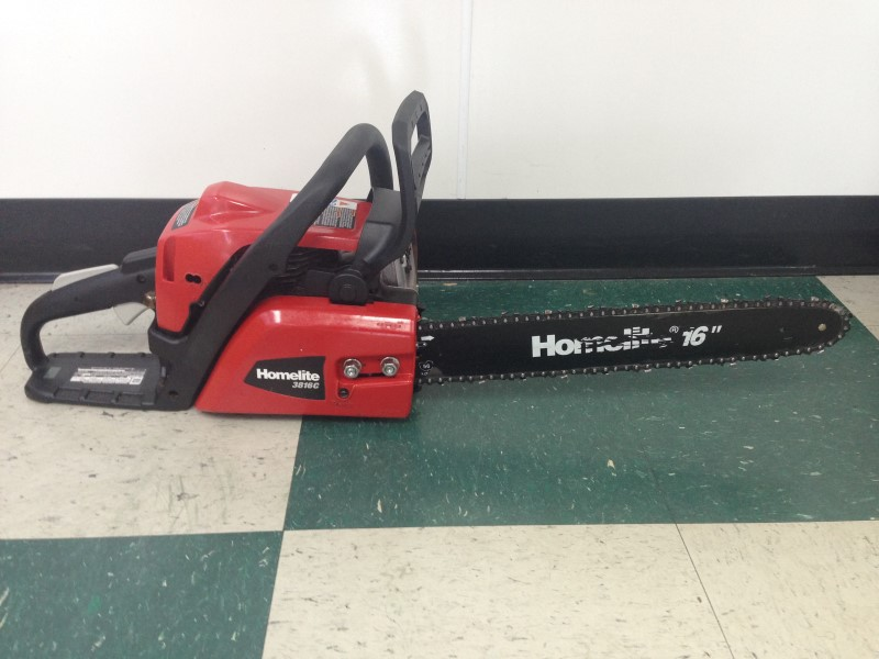 HOMELITE Chainsaw 3816C