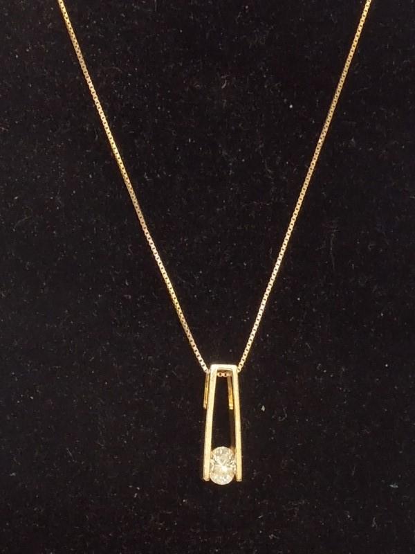 Diamond Necklace .36 CT. 14K Yellow Gold 3g