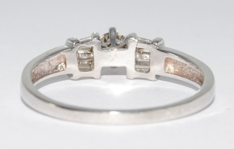 14K White Gold Round Diamond Engagement Ring w/ Baguette Accents Size 9.75