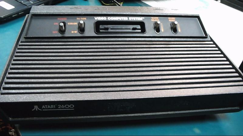 ATARI Game Console 2600A