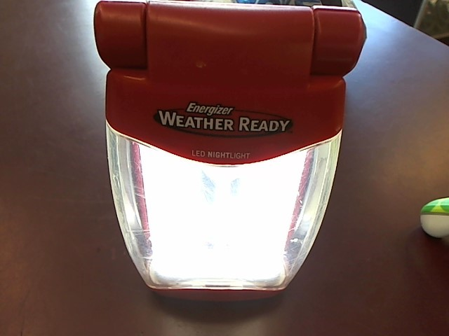 ENERGIZER WEATHER READY LED NIGHTLIGHT
