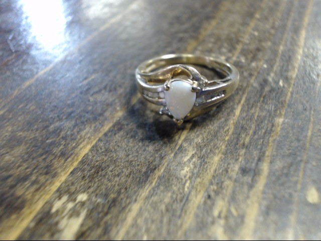 White Stone Lady's Stone Ring 14K Yellow Gold 2.2g Size:7