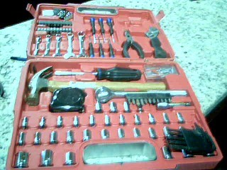 ULTRA STEEL Hand Tool UJ84024A 110 PC TOOL SET