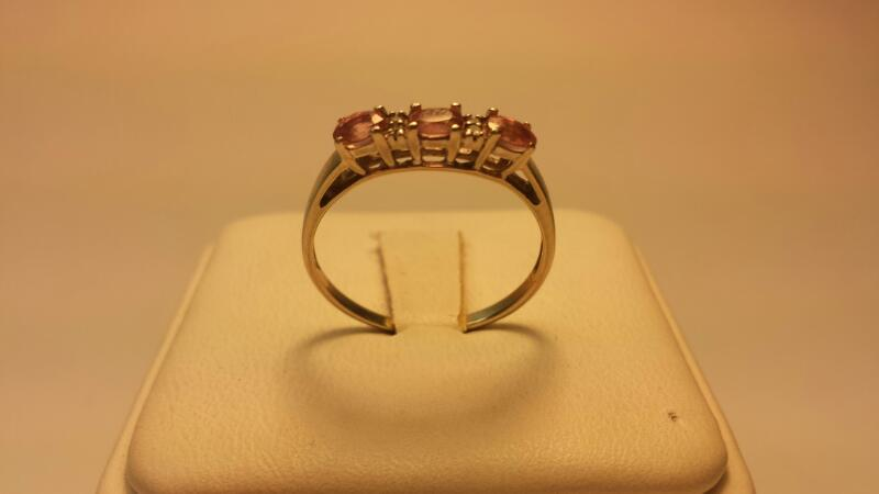 10k White Gold with Pink and Clear Stones 1DWT Size 8
