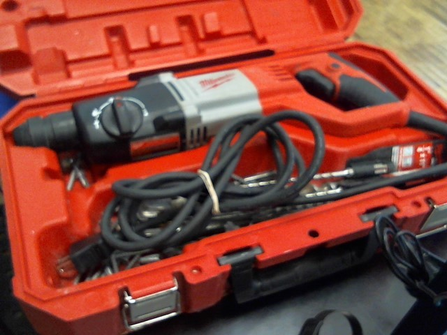 """MILWAUKEE Corded Drill 7/8"""" SDS PLUS ROTARY HAMMER"""