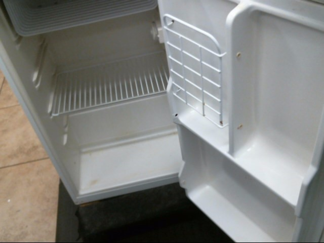 HAIER Refrigerator/Freezer BFF-111