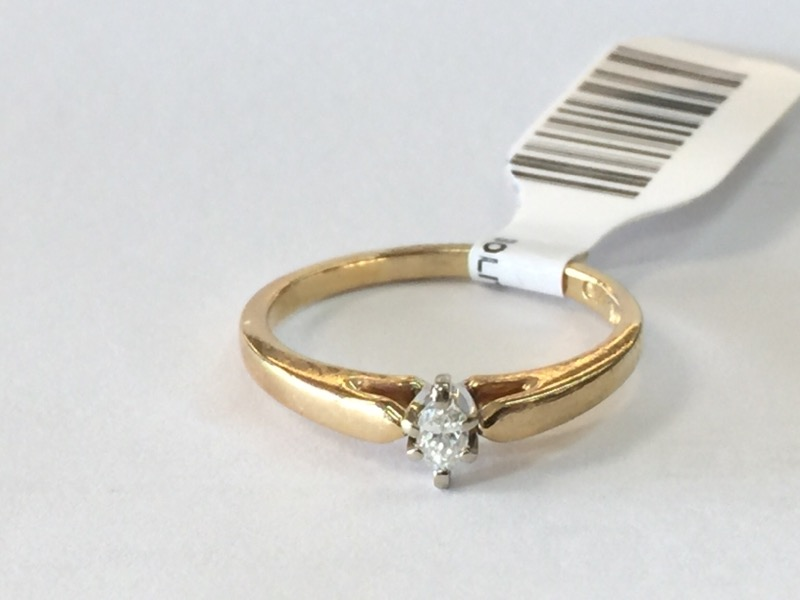 Lady's Diamond Solitaire Ring .10 CT. 10K Yellow Gold 1.5dwt Size:7
