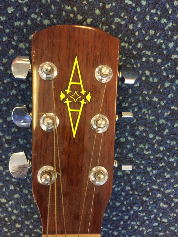 ALVAREZ Acoustic Guitar RF-8