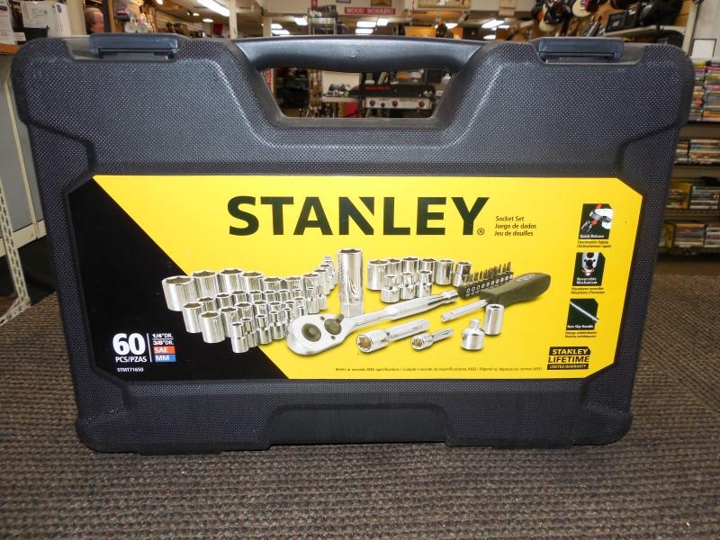 STANLEY 60 PIECE SOCKET SET STMT71650
