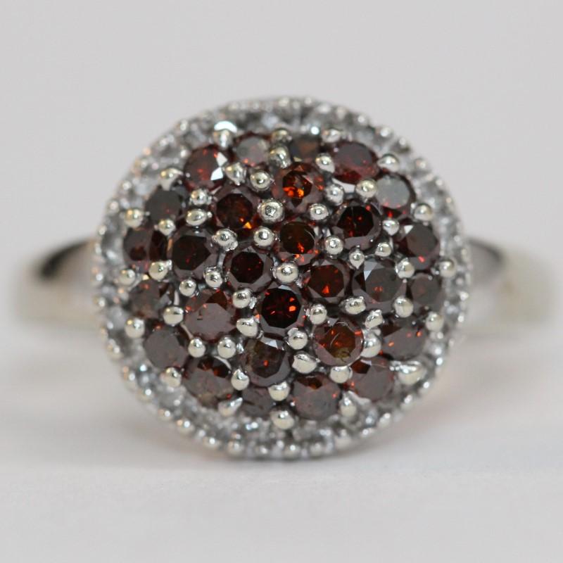 10K White Gold Cluster Garnet Ring Size 8