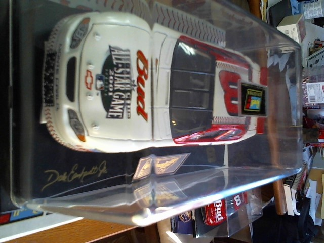 REVELL COLLECTION Toy Vehicle 1/24 BUDWEISER 8