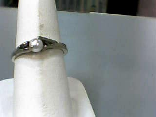 Pearl Lady's Stone Ring 10K White Gold 1.4dwt Size:7