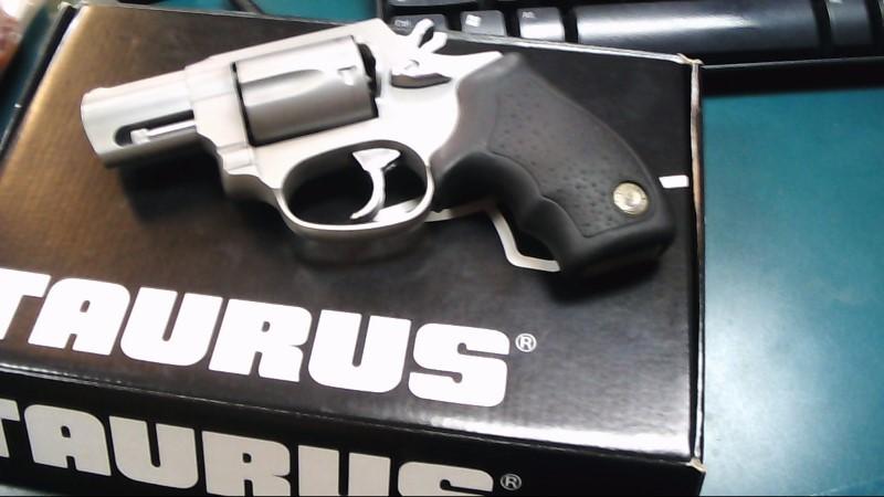 TAURUS Revolver M85 REVOLVER