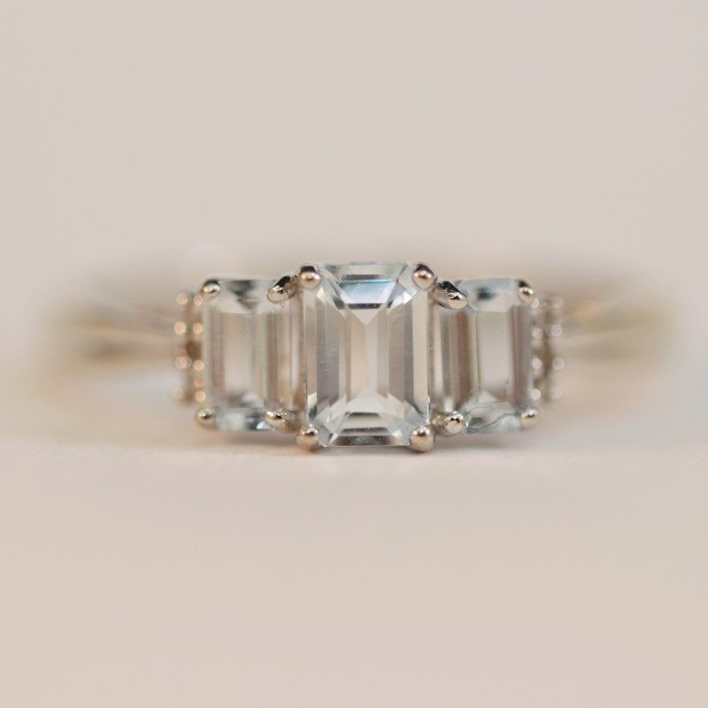 Triple Aquamarine Stone 10K White Gold Ring Size 9