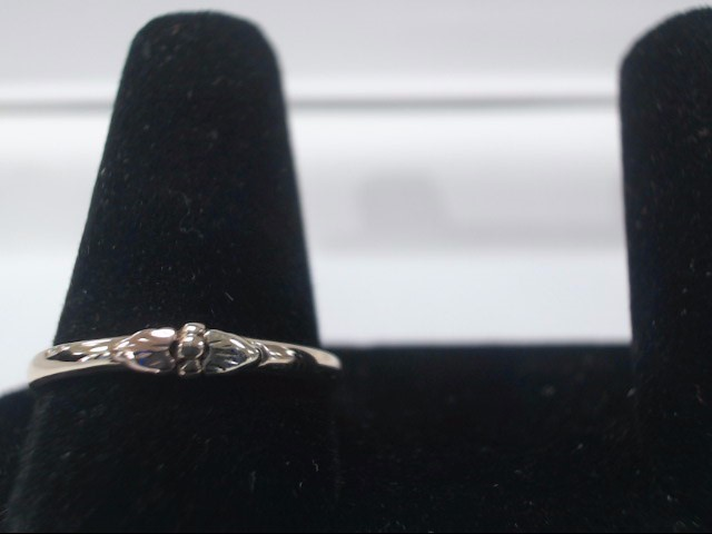 Lady's Gold Ring 14K Yellow Gold 1g