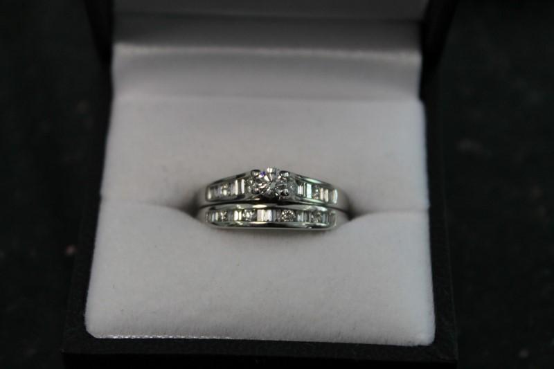 14K White Gold 1/4CT Round Diamond Wedding Set