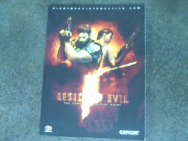 PIGGYBACK Video Game Accessory RESIDENT EVIL 5 GUIDE