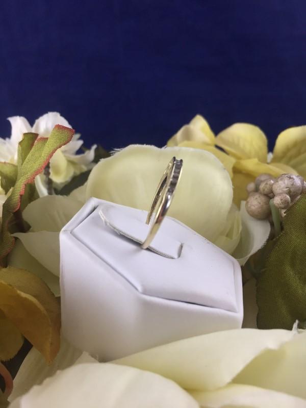 "Beautiful 10k Yellow Gold and Diamond ""I Love Mom"" Ladies Ring Size 6.75 (1.59g)"
