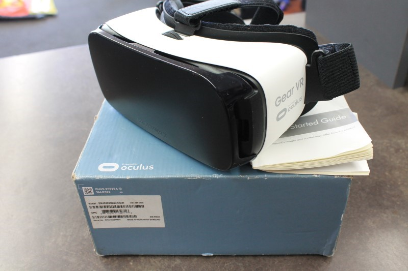 SAMSUNG Cell Phone Accessory SM-R322 GEAR VR