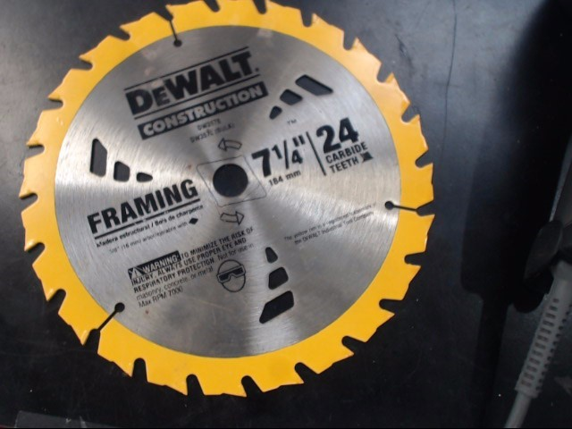 CIRCULAR SAW: DEWALT MODEL DW368, SERIAL NUMBER 451504, CORDLESS: CORDED ELECTRI
