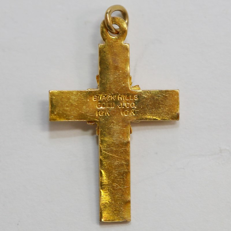 10K Tri-Colored Gold Leaf and Vine Detailed Cross