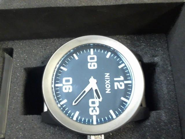 NIXON Gent's Wristwatch THE CORPORAL