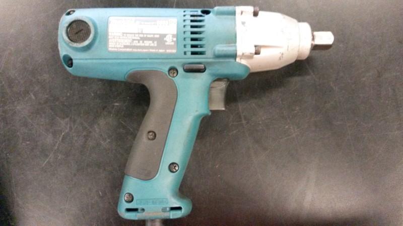 MAKITA Air Impact Wrench 6953
