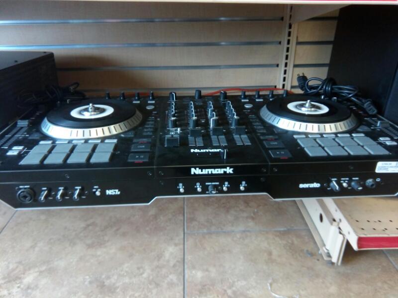 NUMARK ELECTRONICS DJ Equipment NS7 II