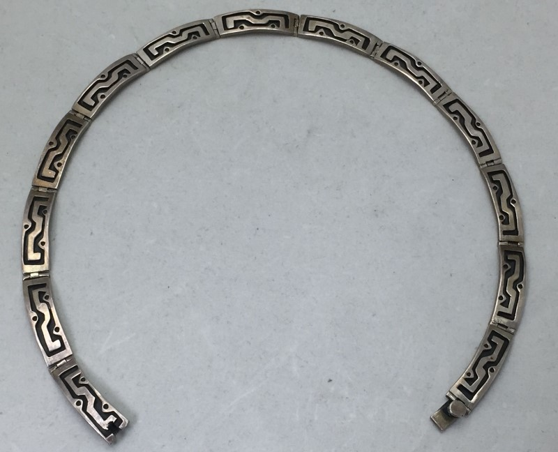 VINTAGE MEXICAN TT-07 STERLING SILVER NECKLACE